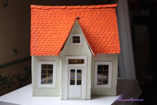 Comment fabriquer une petite maison en carton l for Construire ma maison en 3d