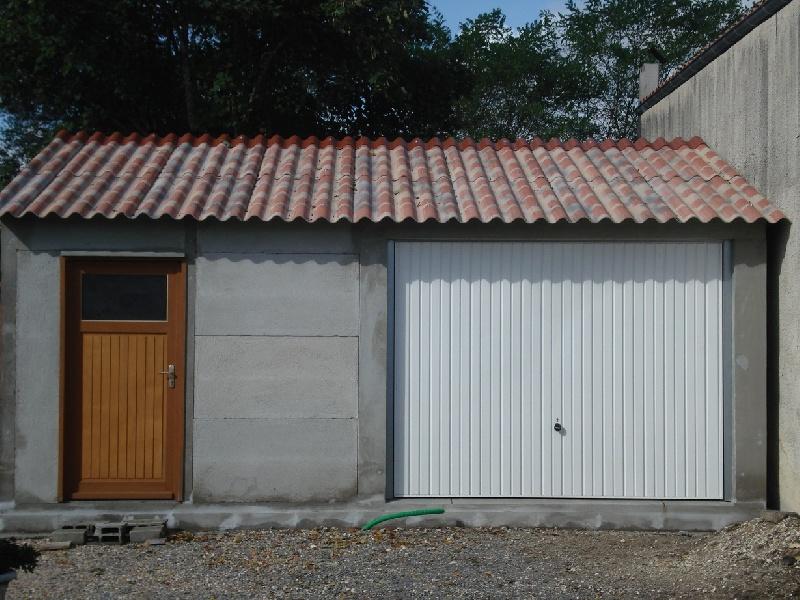 garage en plaque beton a monter l 39 impression 3d. Black Bedroom Furniture Sets. Home Design Ideas